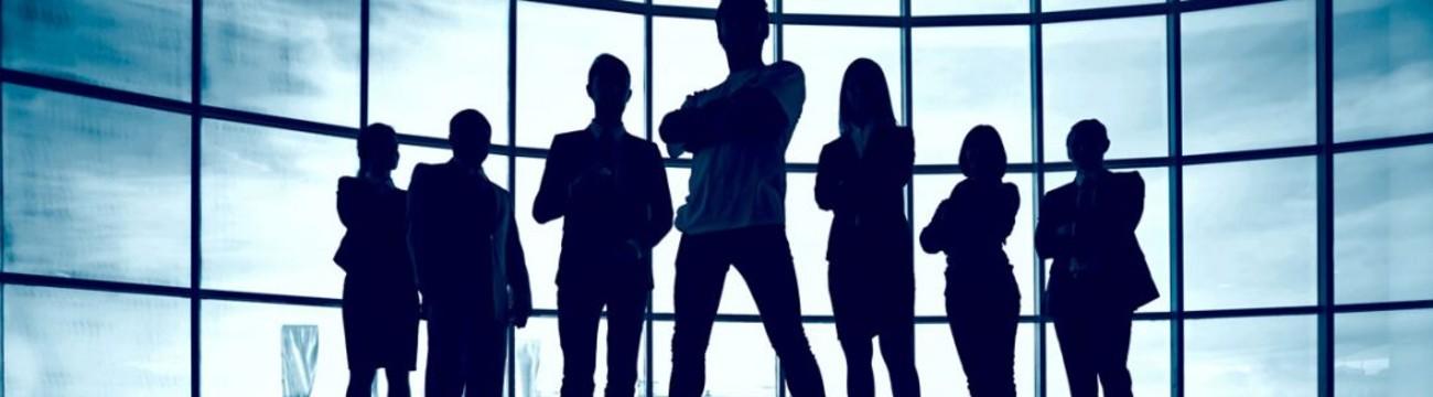 Groupe de collègues dans une entreprise